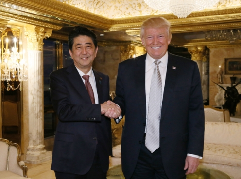 Shinzō Abe and Donald Trump 1 - 本当に全面的に北朝鮮だけが悪いのか?最悪の事態は絶対に避けなくては! Are we sure it's all North Korea's fault?  We must prevent war!